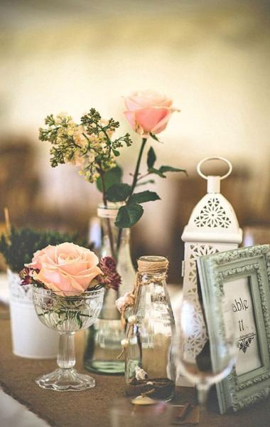Table Decor With Lace Lanterns
