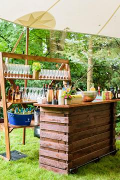 Pallet Bar with Bar Back